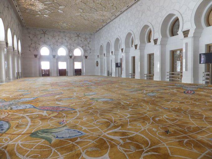 in-Sheikh-Zayed-Mosque007