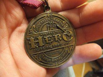 シンデレラ城ミステリーツアーのメダルは勇気の証^^