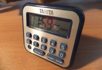 税理士試験の時間管理はこいつにお任せ!! TANITAの長時間タイマー