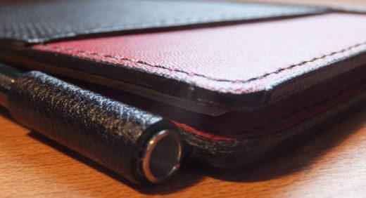 薄いメモ帳の付属ペンに感じた違和感を、オートのシャープペンに変更することで解決!≡