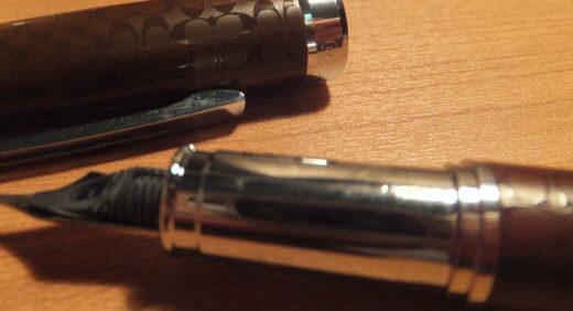 COACHの万年筆がMonoMax(2013年1月号)のオマケで期待! しかし、大ハズレ(不良品)をひきました