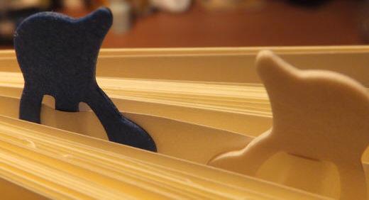 ミドリのペーパーインデックスクリップは動物のカタチがカワイイ! でも、噛ませすぎると紙に傷がつく