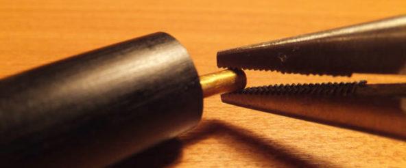 LAMY2000(4色ボールペン)を修理! ゼブラの4C芯で緩んだ留め具を戻す