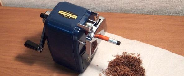 エンゼル5・ロイヤル(カール事務器)は頼り甲斐のある手回し式鉛筆削り。匠の仕事が光る逸品