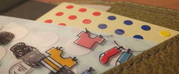 手帳をシールで彩るにはシールとの距離感が大事。 シールをそばに置く工夫文具