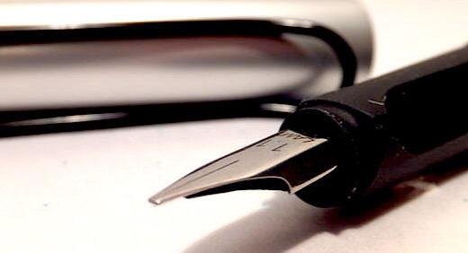 ラミージョイ(LAMY Joy)でカリグラフィーをエンジョイ! ラミーサファリ・万年筆のペン先(ニブ)と交換して持ち運びやすく