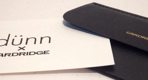 予備用名刺入れ・ロンド工房のCARDRIDGE(カードリッジ)。 圧倒的な薄さはそのままに、革製「dünn(デュン)」として箔がつく