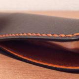 「懐菱」(T.MBH)はスタイリッシュなペンシース。愛用の万年筆を収める鞘を別注 + 完璧フィット!≡