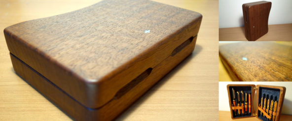 銘木のコレクションペンケース・工房楔のコンプロット。取り合わせた万年筆を眺める贅沢